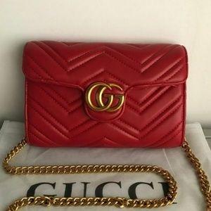New Gucci Marmont Matelasse Red Cross body Bag